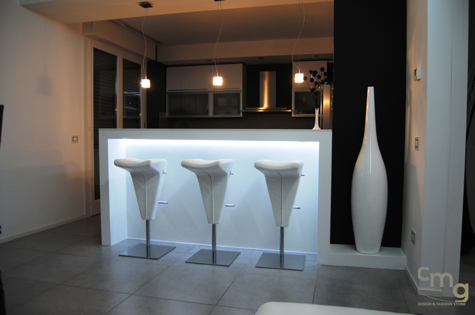 mobile bar per cucina in silestone
